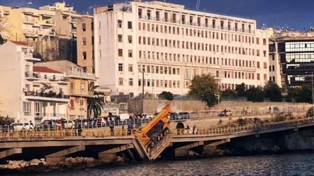 Καβάλα γέφυρα: Κατέρρευσε γέφυρα στην ανατολική έξοδο οδικής αρτηρίας (pics) | Pagenews.gr