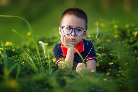 1b4505fd51 Μυωπία παιδιά  Πως την επηρεάζει η γέννηση το καλοκαίρι