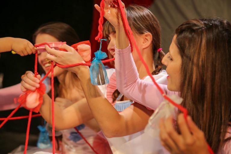 Παιδική παράσταση  Το μωρό των 5 αισθήσεων – Πλάνα από την πρεμιέρα (vids) 5062e15fc4e