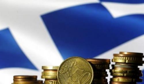 Οικονομική κρίση: Ποιοι χτυπήθηκαν περισσότερο από τη μείωση των εισοδημάτων και του βιοτικού επιπέδου | Pagenews.gr