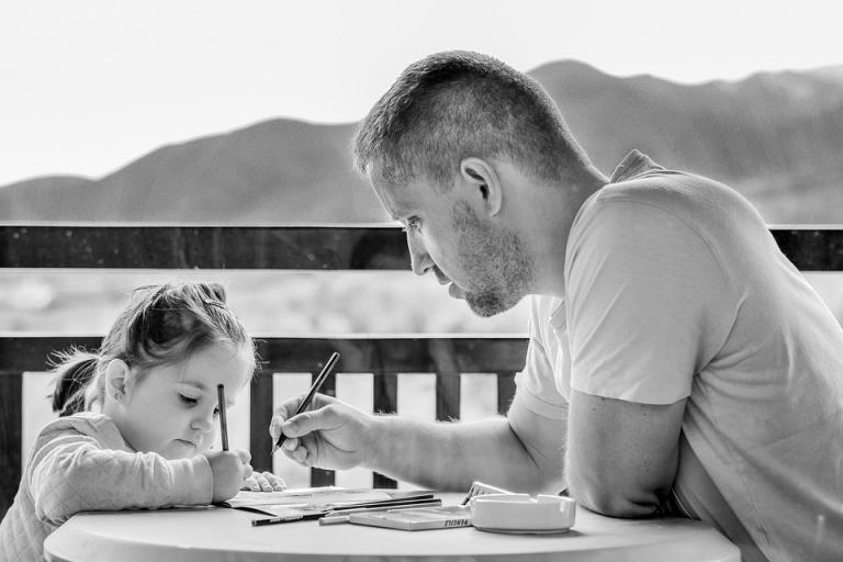 Παιδί: Πως επηρεάζει την υγεία τους η ηλικία του πατέρα | Pagenews.gr
