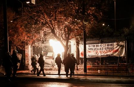 Πορεία Πολυτεχνείου 2018: Ώρα 22:30 – Άνοιξαν οι δρόμοι της Αθήνας πλην τμήματος της Πατησίων | Pagenews.gr
