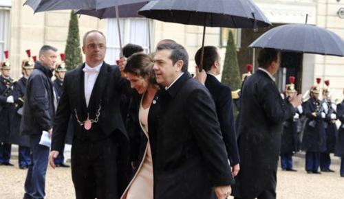 Μπέτυ Μπαζιάνα: Εντυπωσίασε με την εμφάνιση της στο Παρίσι (pics) | Pagenews.gr