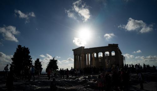 Έσοδα Ακρόπολης: Τόσα «έβγαλε» από τα εισιτήρια μέσα στο 2018   Pagenews.gr