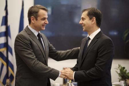 «Επαγγελματίες» είναι. Να μην κοιτάξουν το μέλλον τους; | Pagenews.gr