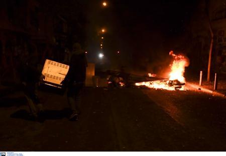 Γρηγορόπουλος: Πορεία στη μνήμη του – Φωτιές και οδοφράγματα στα Εξάρχεια (pics) | Pagenews.gr