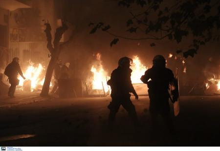 Επεισόδια Αθήνα: Στον εισαγγελέα 11 από τους 15 συλληφθέντες   Pagenews.gr