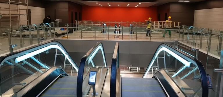 Θεσσαλονίκη: Άγνωστοι βανδάλισαν τα βαγόνια του μετρό | Pagenews.gr