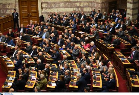 Προϋπολογισμός 2019: Πέρασε με 154 ψήφους υπέρ και 143 κατά | Pagenews.gr
