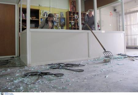 ΑΠΘ: Ανακοίνωση για τις καταστροφές στη Θεολογική Σχολή (pics&vid) | Pagenews.gr