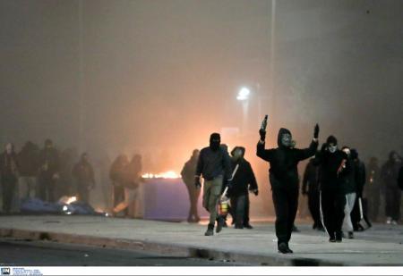 Θεσσαλονίκη επεισόδια: 15 συλλήψεις για τα επεισόδια στο κέντρο της πόλης   Pagenews.gr