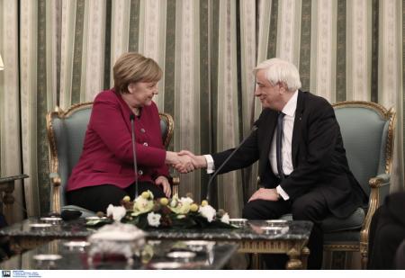Επίσκεψη Μέρκελ: Συνάντηση της Καγκελάριου με τον Προκόπη Παυλόπουλο (pics) | Pagenews.gr