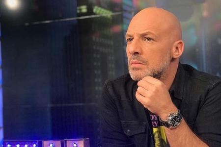 Νίκος Μουτσινάς: Τα νέα για την υγεία του – Πότε επιστρέφει στην εκπομπή του | Pagenews.gr