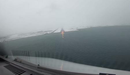 Προσγείωση αεροπλάνου: Πιλότος την καταγράφει από το κοκ πιτ στο αεροδρόμιο Μακεδονία και κόβει την ανάσα (vid)   Pagenews.gr