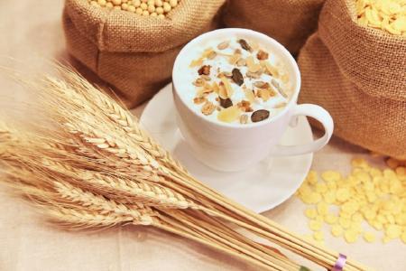 Διατροφή και υγεία: «Σύμμαχοι» του οργανισμού οι φυτικές ίνες και τα πλήρη δημητριακά   Pagenews.gr