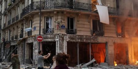 Συναγερμός στη Γαλλία: Ισχυρή έκρηξη στο κέντρο του Παρισιού (pics) | Pagenews.gr