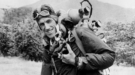 Έντμουντ Χίλαρι: Ο πρώτος ορειβάτης που πάτησε στο Έβερεστ (vid)   Pagenews.gr