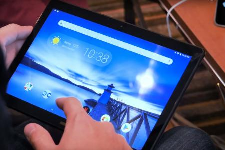 Lenovo: Παρουσίασε νέα προϊόντα με τεχνητή νοημοσύνη | Pagenews.gr