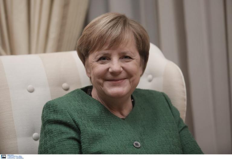 Επίσκεψη Μέρκελ: Σε μία «διαφορετική» Ελλάδα με μηνύματα στήριξης στον Τσίπρα (vid) | Pagenews.gr
