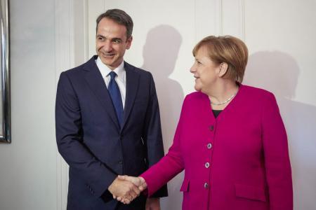 Spiegel: Η Μέρκελ δεν εκφράστηκε εναντίον του Μητσοτάκη στην Αθήνα | Pagenews.gr