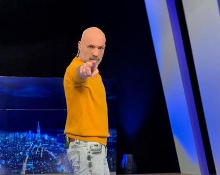 Μουτσινάς: Το πρόβλημα υγείας που αντιμετωπίζει ο παρουσιαστής | Pagenews.gr