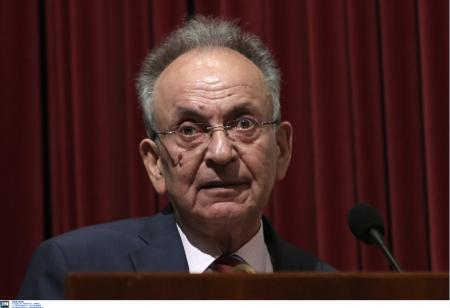 Σιούφας: Ο πολιτικός κόσμος αποχαιρετά τον πρώην υπουργό   Pagenews.gr