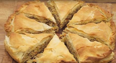 Η συνταγή της ημέρας: Κοτόπιτα με μανιτάρια   Pagenews.gr