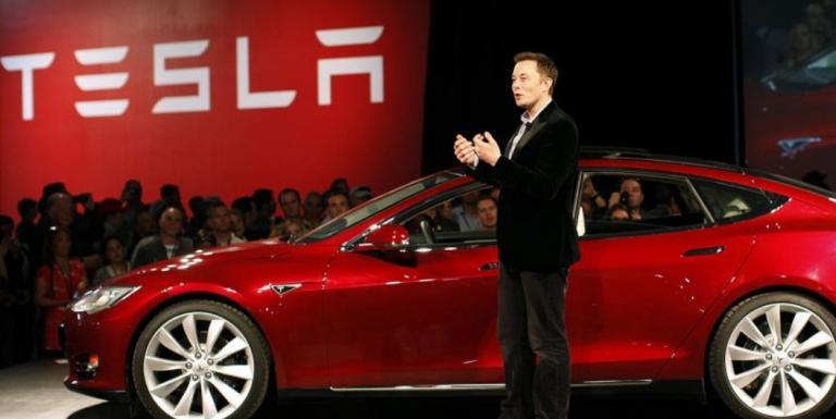 Tesla: Θα προχωρήσει σε μείωση του εργατικού της δυναμικού κατά 7% | Pagenews.gr