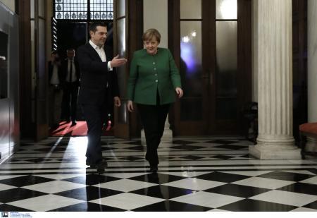 Αλέξης Τσίπρας: Ο διάλογος με την Μέρκελ για την αλλαγή στην διακόσμηση στο γραφείο του | Pagenews.gr