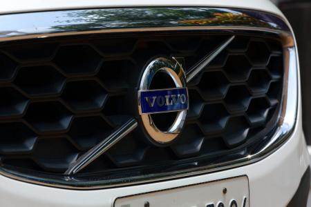 Volvo: Η εταιρεία ετοιμάζει νέα μπαταρία για την ηλεκτροκίνητη έκδοση | Pagenews.gr