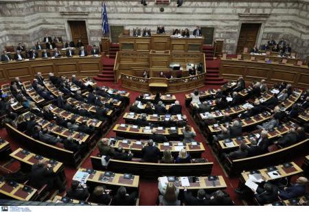 Ψήφος εμπιστοσύνης: Προσχώρησαν οι έξι στην Κοινοβουλευτική Ομάδα του ΣΥΡΙΖΑ | Pagenews.gr