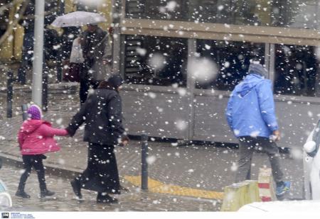 Πρόγνωση καιρού: Έρχεται σύντομη αλλά έντονη κακοκαιρία – Χιόνια στην Αττική, προβλέπει ο Καλλιάνος | Pagenews.gr