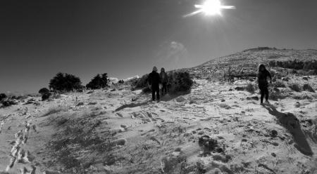 Κακοκαιρία «Χιόνη»: Χιονίζει στην Πάρνηθα και την Ιπποκράτειο Πολιτεία | Pagenews.gr