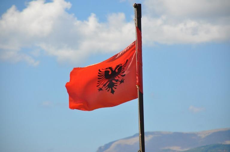Αλβανία αντιπολίτευση: Παραιτήθηκαν οι βουλευτές του κύριου σχηματισμού της | Pagenews.gr