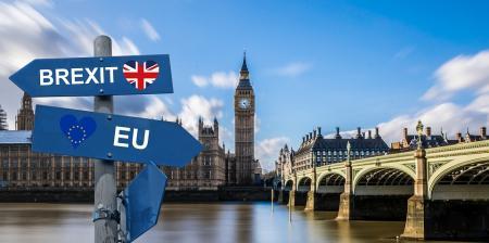 Brexit: Συμφωνία Ελβετίας – Βρετανίας για συνέχιση της υπάρχουσας εμπορικής σχέσης | Pagenews.gr