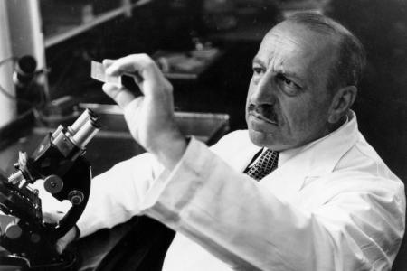 Γεώργιος Παπανικολάου: Ο μεγάλος επιστήμονας που εφηύρε το «τεστ Παπ» | Pagenews.gr