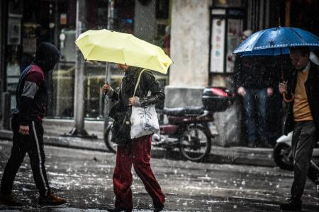 Πρόγνωση καιρού: Η «Χιόνη» βάζει στο στόχαστρο ανατολική Αττική, Εύβοια και τα νησιά του Αιγαίου | Pagenews.gr