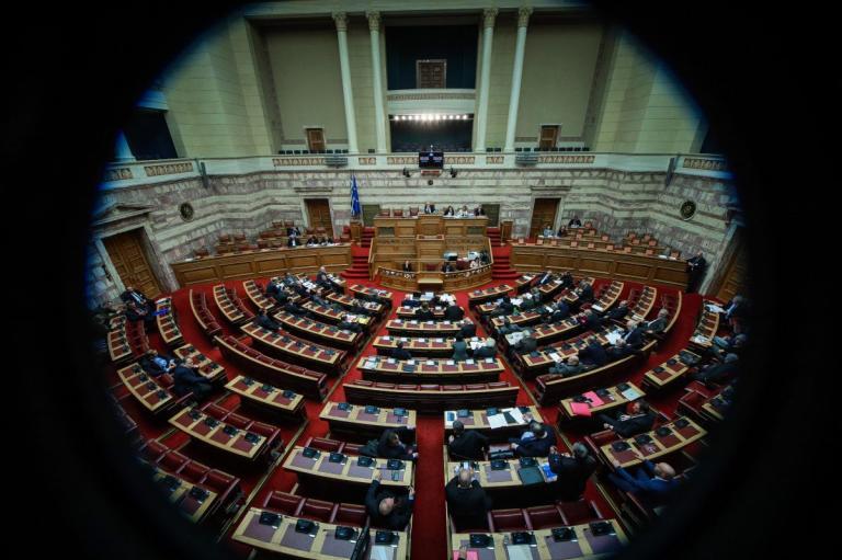Εκλογές 2019: Πέρασε από την Ολομέλεια της Βουλής η «τροπολογία Κουντουρά» | Pagenews.gr