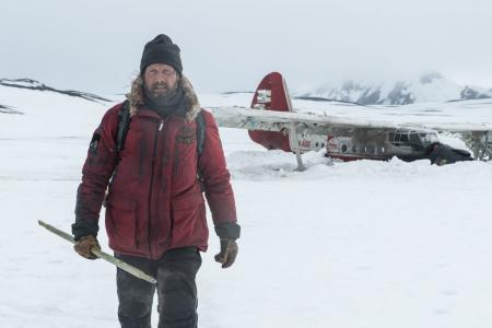 Arctic: Μια περιπέτεια επιβίωσης με τον Μαντς Μίκελσεν | Pagenews.gr