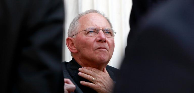 Σόιμπλε: Έφτασα λίγο πριν την παραίτηση λόγω Ελλάδας | Pagenews.gr