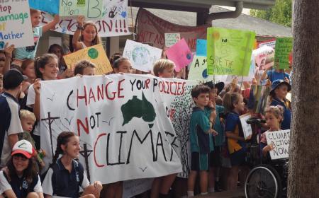 Κλίμα: Διαδηλώνει σήμερα η παγκόσμια νεολαία | Pagenews.gr