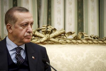 Τουρκία: Αναμένει ότι ο Τραμπ θα την εξαιρέσει, αν το Κογκρέσο της επιβάλει κυρώσεις για τους S-400 | Pagenews.gr