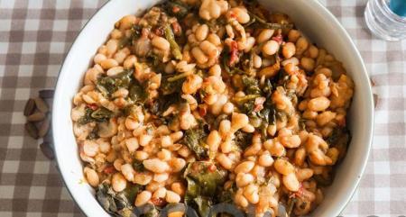 Η συνταγή της ημέρας: Φασόλια φούρνου με σέσκουλα | Pagenews.gr