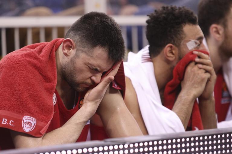 Ολυμπιακός: Αφαίρεση 6 βαθμών, στη ζώνη του υποβιβασμού οι «ερυθρόλευκοι» | Pagenews.gr