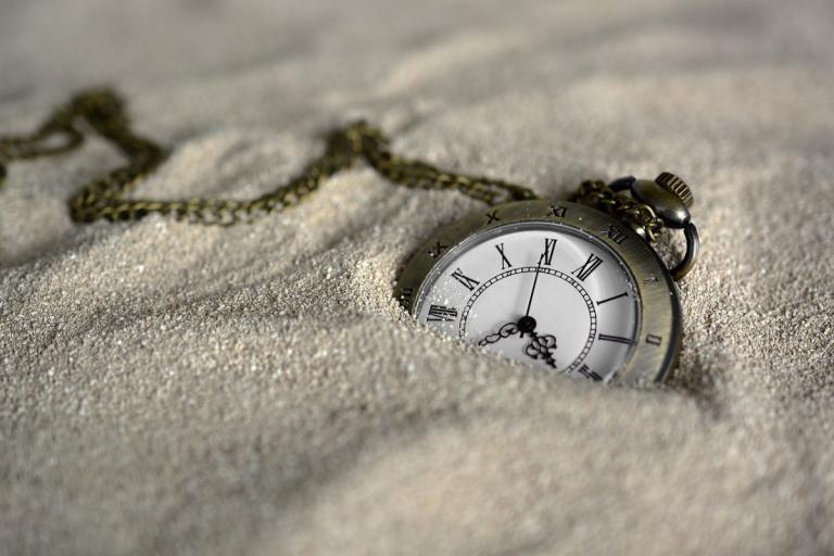 Χρόνος: Περνάει πιο γρήγορα όσο μεγαλώνουμε   Pagenews.gr