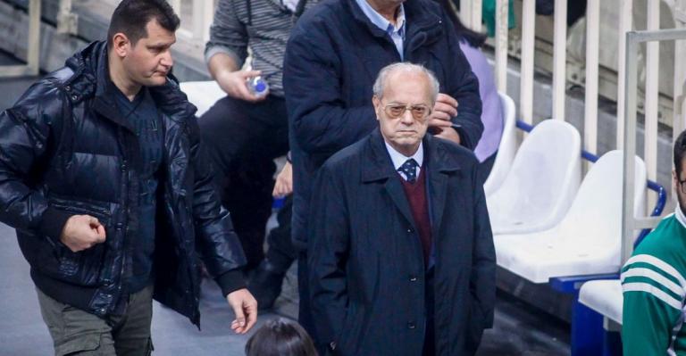 Θανάσης Γιαννακόπουλος: Όταν θα πεθάνω να με θάψετε με σημαία του Παναθηναϊκού (vid)   Pagenews.gr