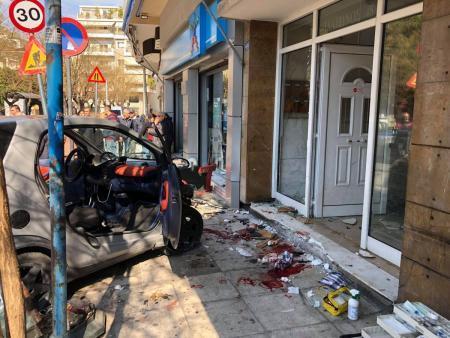 Αθήνα τροχαίο: Σοκαριστικό τροχαίο στο κέντρο της πόλης | Pagenews.gr