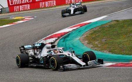 Formula 1: Ιστορικός νικητής στην Κίνα ο Χάμιλτον | Pagenews.gr