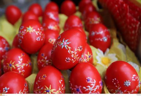Βάψιμο αυγών: Χρήσιμες συμβουλές για το δημοφιλέστερο έθιμο του Πάσχα | Pagenews.gr