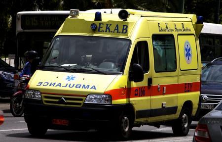 Φάληρο: Κρίσιμες ώρες για τον πεντάχρονο που καταπλακώθηκε από γκαραζόπορτα | Pagenews.gr